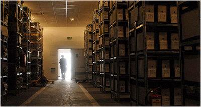 Shelves_documents