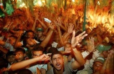 Hamas celebrates israeli pullout