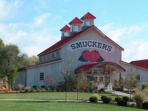 Smuckers barn