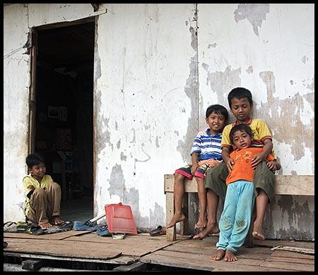 Jakarta street kids by