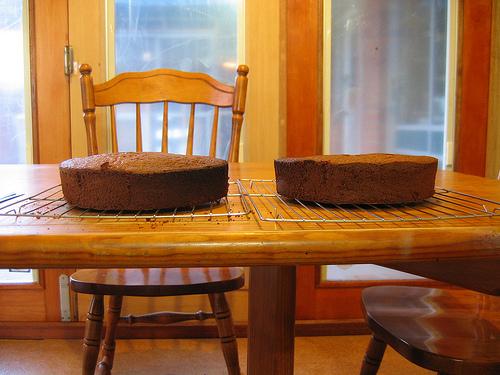 2 cakes