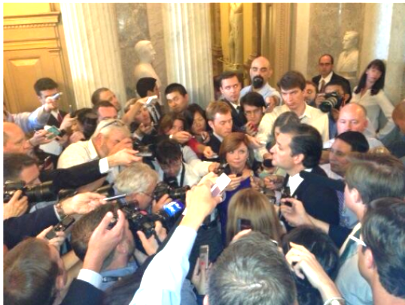 Media mobs ted cruz 09252013