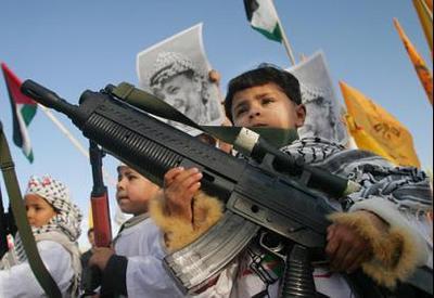 Pal_children_hold_toy_guns