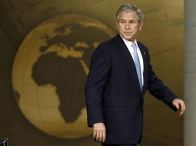 Bush_walks_away_annapolis_112707