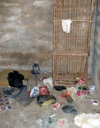 Aq_torture_chamber_iraq_us_army_pho