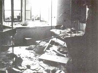 Hebron_1929_inside_house_after_riots