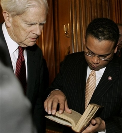 Loc_librarian_w_ellison_and_koran