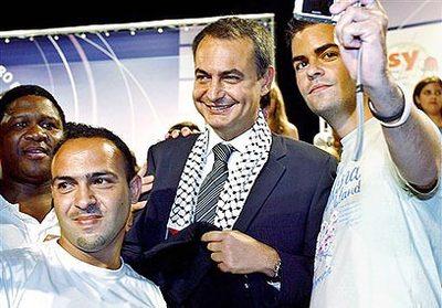 Spanish_zapatero_en_keffiyeh