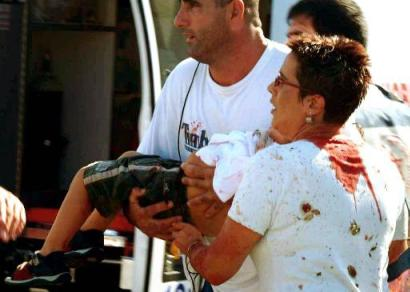 http://bokertov.typepad.com/photos/uncategorized/2008/09/14/maxim_bloody_lady_w_child.jpg