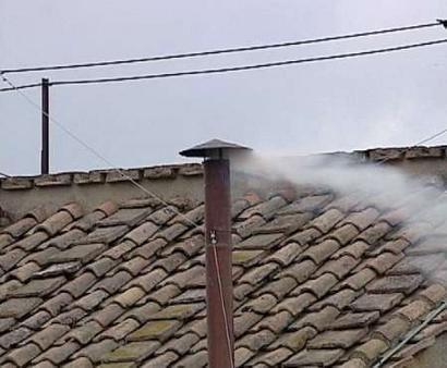 http://bokertov.typepad.com/photos/uncategorized/white_smoke_new_pope_1.jpg